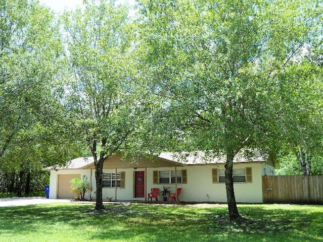 Beautiful Home 10 Miles From The SEBRING RACEWAY