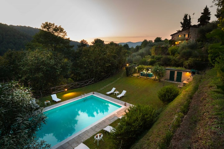 Villa Nel Bosco, an extraordinary Tuscan Retreat with private pool