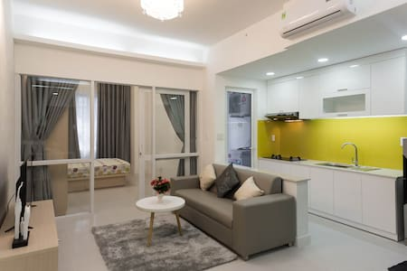 ★ 1BR Infinity Edge Pool Party Apartment - Byt