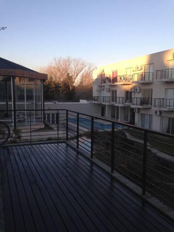 Condominio con amenities en PILAR.