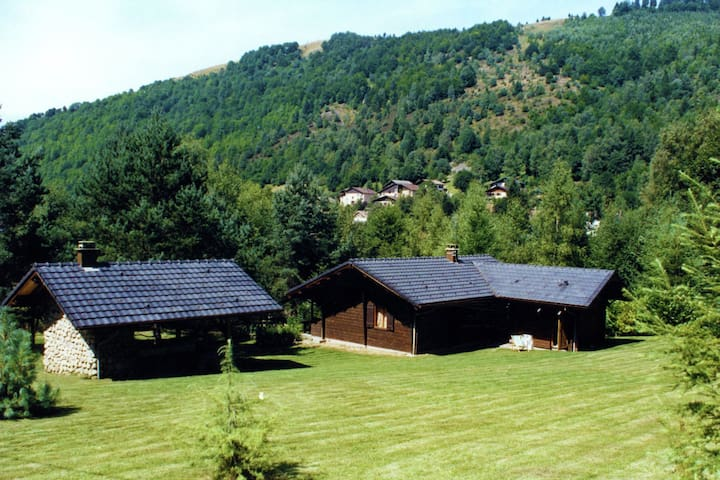 Wooden, quietly-located chalet with garden on the edge of the forest in the French countryside