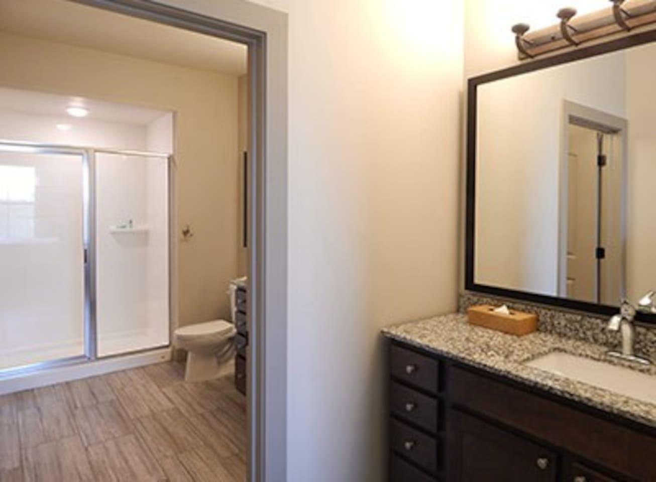 Hunt/Stablewood Springs One-Bedroom Condo