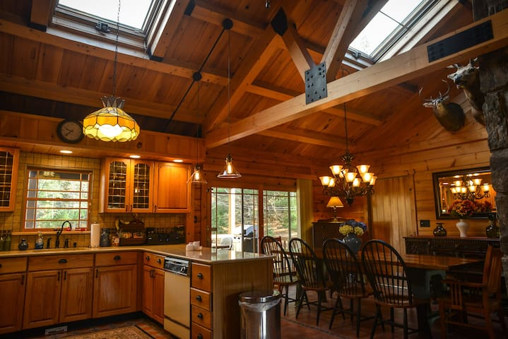 NEW TO MARKET - STUNNING LOG HOME - East Jewett - House