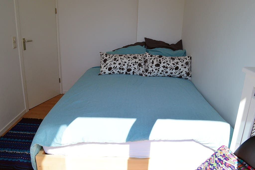 The matras is very comfortable & supportive