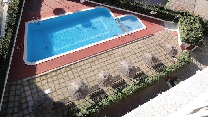 PortAventura y Ferrari Land,, Apart con piscina