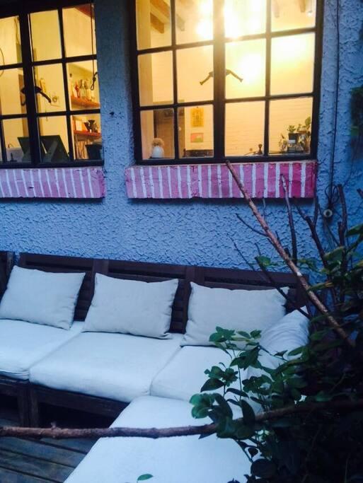 Lounge private  garden