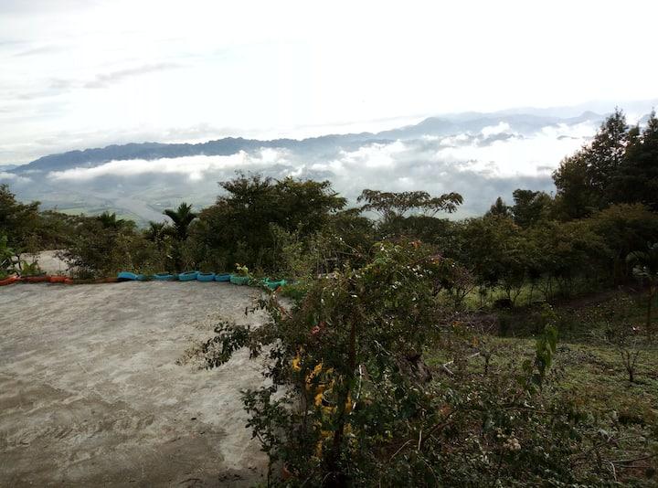 Wanrong Township 農場住宿