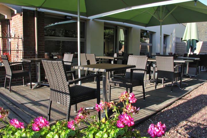 Auberge du Cochon d'Or - Beuzeville - Bed & Breakfast
