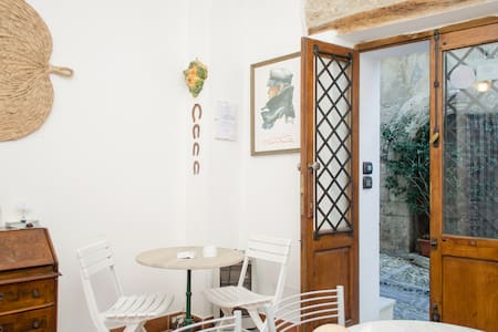 B&B -only rooms with sea view  - Scilla