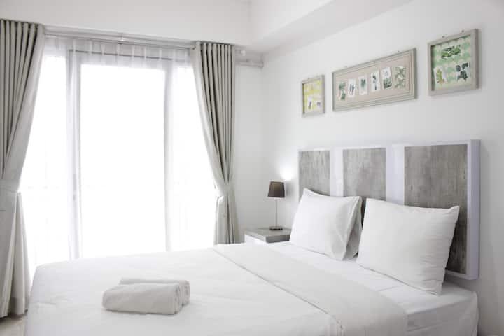 Modern Look Studio Apartment at Grand Asia Afrika