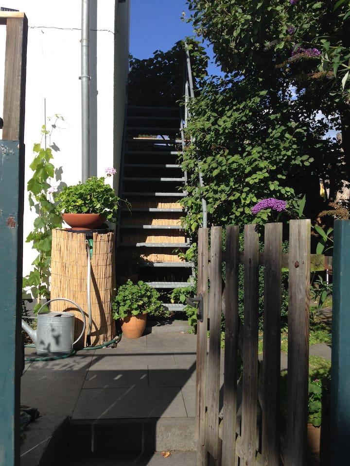 Kleine ruhig gelegene Gartenwohnung