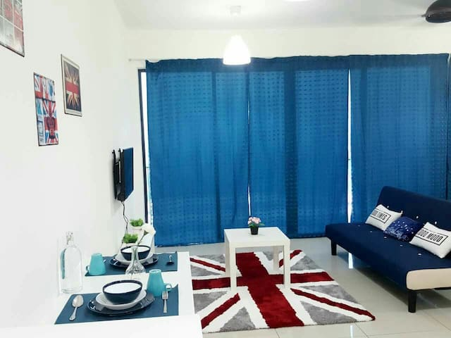 Cosy studio wth parking included - Shah Alam - Bed & Breakfast
