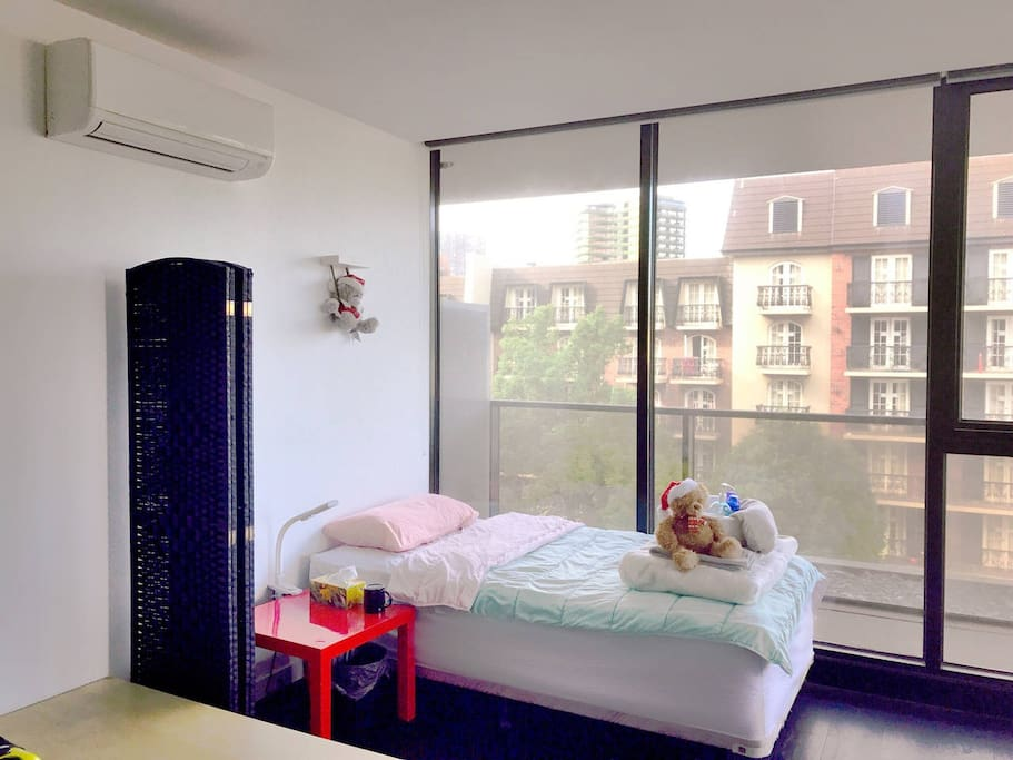 Single Rooms Backpackers Melbourne