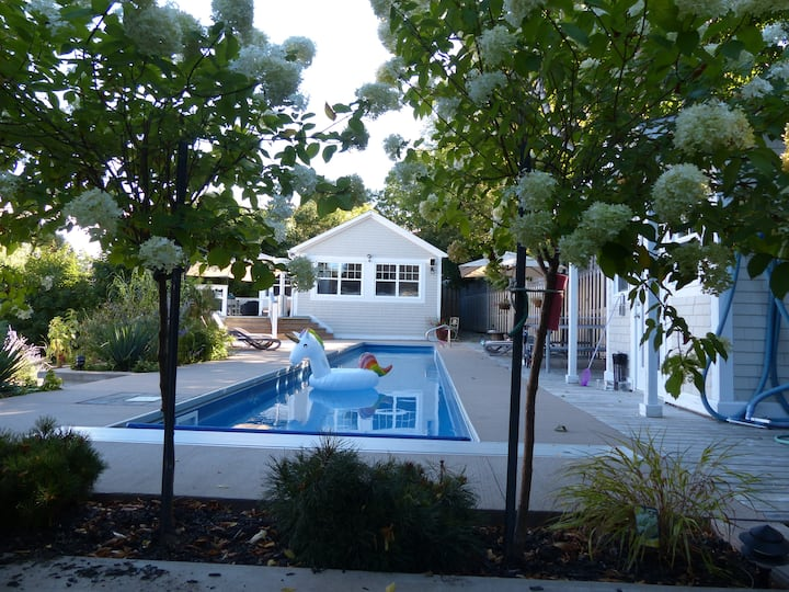 60' Lap Pool - Steps to Ocean - 5 min walk to town