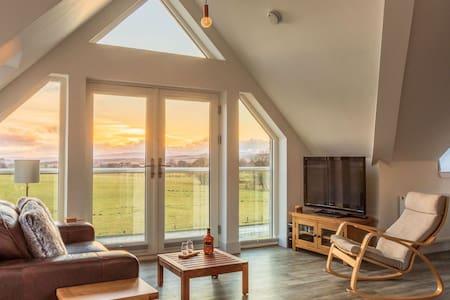 Big View Studio, near Loch Lomond National Park