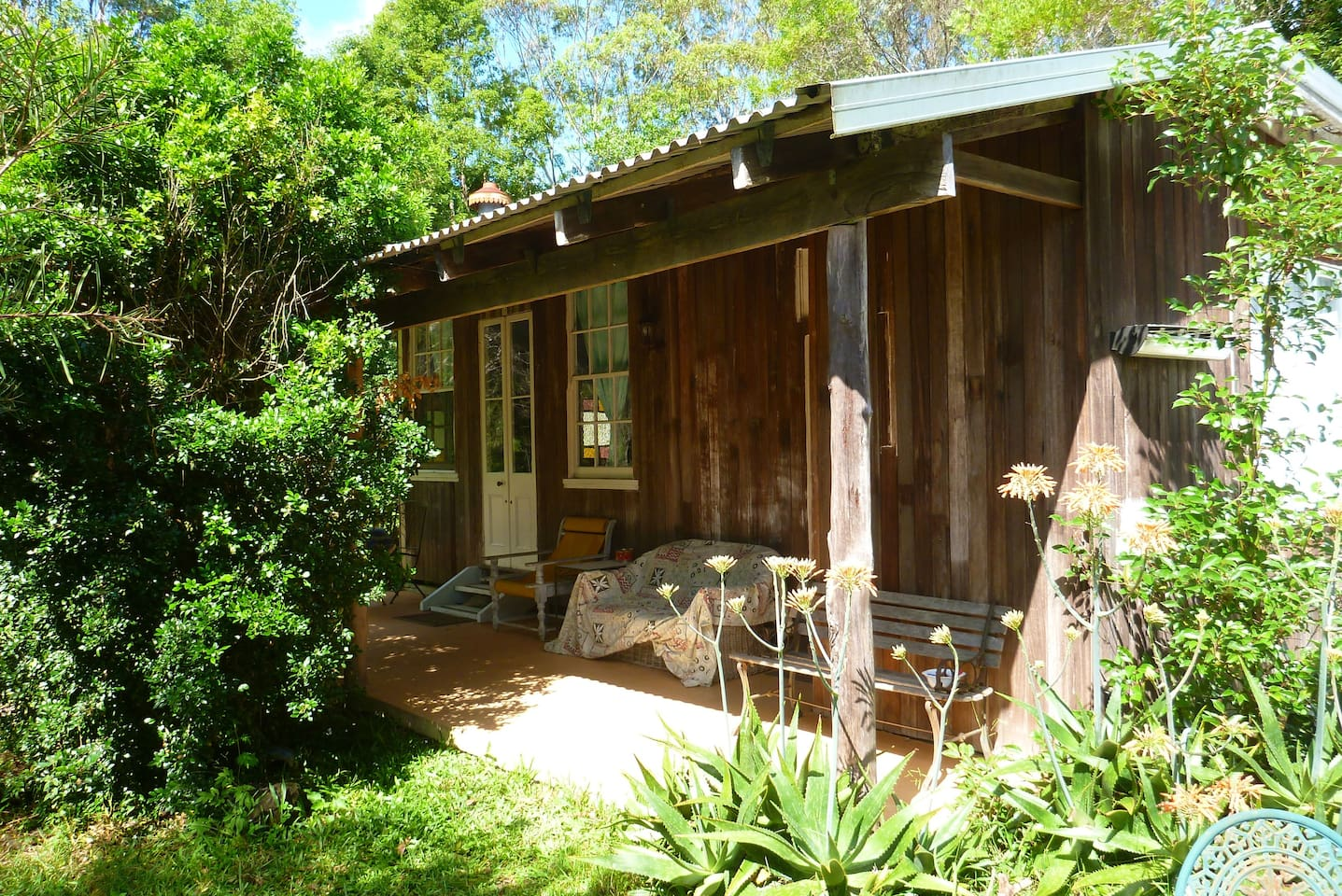 Rustic Bottlebrush cottage is a rare find in a modern world, a great place to step back in time.