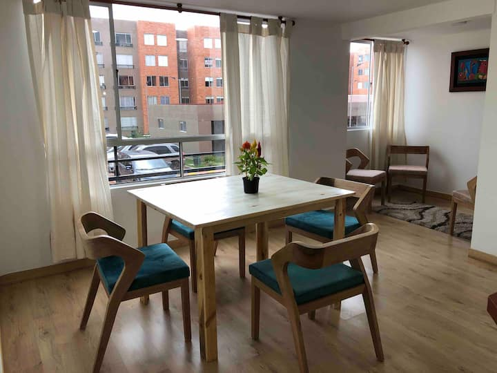 Beautiful new large apartment/furnished/equipped