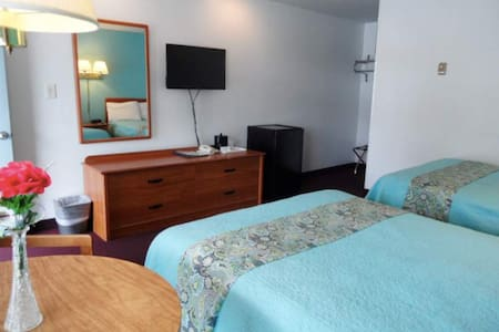 2 Double Bed Room in Lake George
