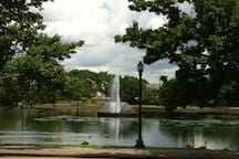 The fountain at Byrd Park
