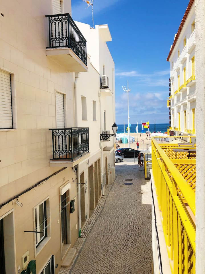 Casinha // Beach Hideaway