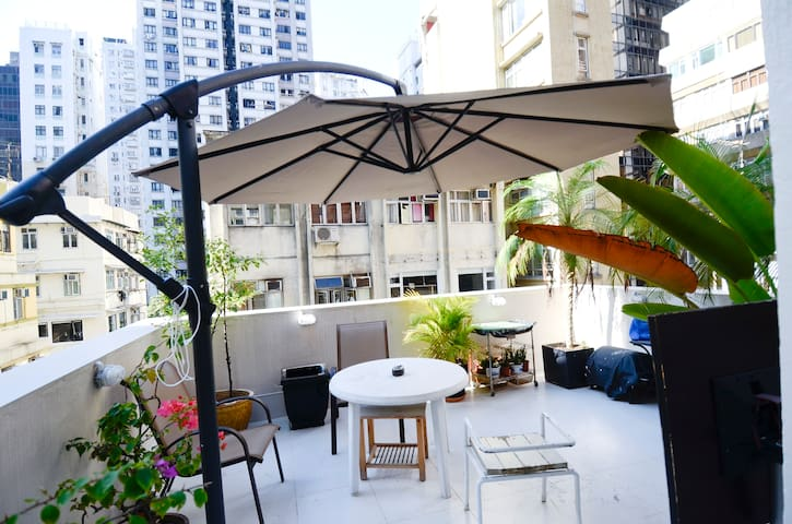 Hollywood Rd, SoHo, Fab Studio 3B - Sheung Wan - Apartment
