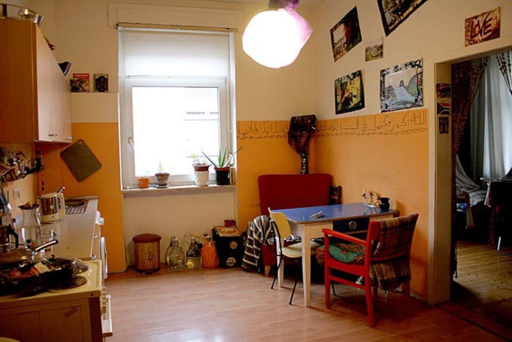 1zimmer wohnung im k nstler haus wohnungen zur miete in. Black Bedroom Furniture Sets. Home Design Ideas
