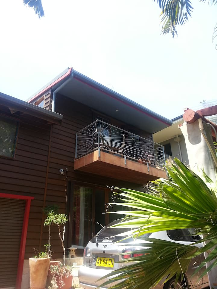 Lennox head bed and breakfast.