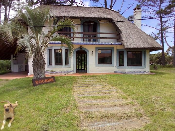 Casa para disfrutar a pleno / Punta Ballena