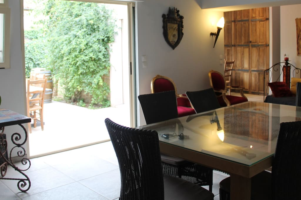 Stylish and charm,  fully furnished & equipped holiday home ...