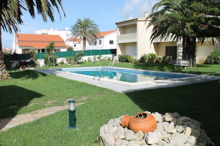 Flat with pool/bbq/garden