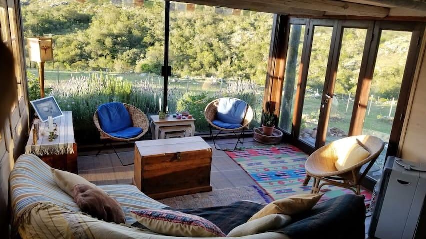 La Chamana-Magica Casa de Barro y madera