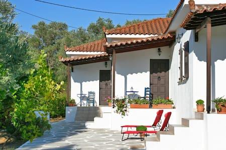 Trikeri villas Calypso villa for 4 - Agia Sofia, Trikeri island