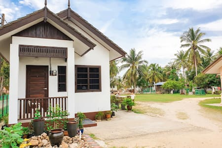 D'Farm Village Room 2- Close to Kuala Besut Jetty