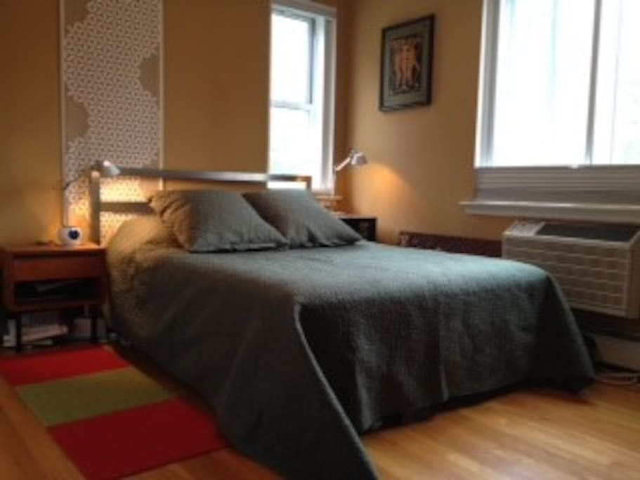 Queen bed in the master bedroom. Heat/AC are included. We provide linens and blankets for all of the beds.