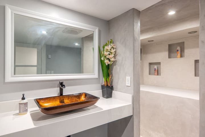 Modern studio with traditional feel in Hawthorne