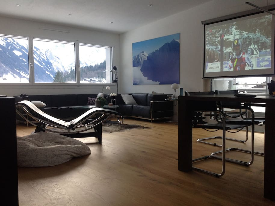 luxuri ses ger umiges penthouse mit whirlpool wohnungen zur miete in engelberg obwalden schweiz. Black Bedroom Furniture Sets. Home Design Ideas