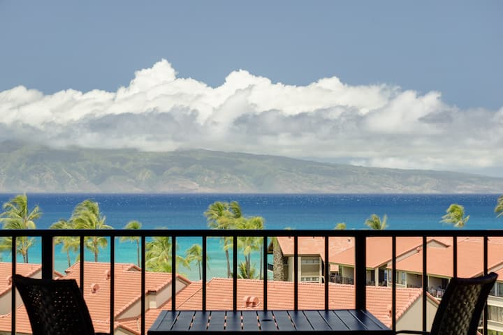 A perfect studio w/ resort pool, hot tub access, & beach a short walk away