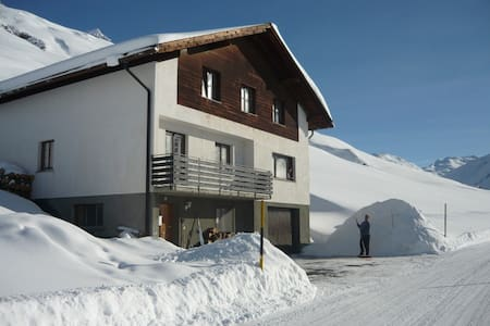 Rooms at St Gall's Alpine Retreat 1 - Avers - Rumah