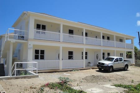 Plantation Drive Living, Nevis