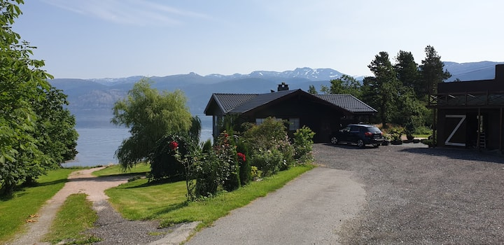 Charming, private place by the Hardangerfjord