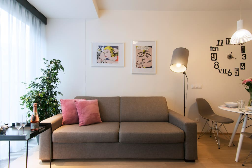 A comfortable sofa, ideal for planing your adventures.