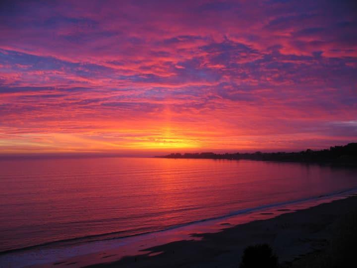 Fanti-Sea beach studio with a view!   OCEAN VIEW!!