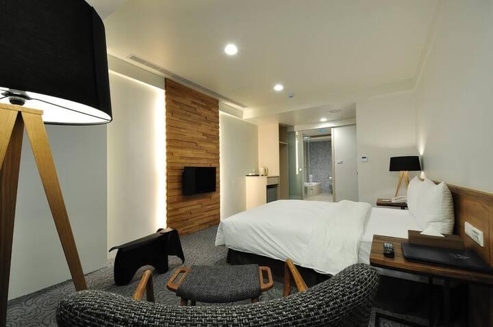 UNIT10 WEEKDAYS BUSINESS HOTEL-QUEEN BED