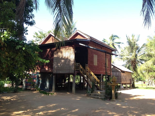 Khmer Traditional Wooden Style - Krong Siem Reap - Haus