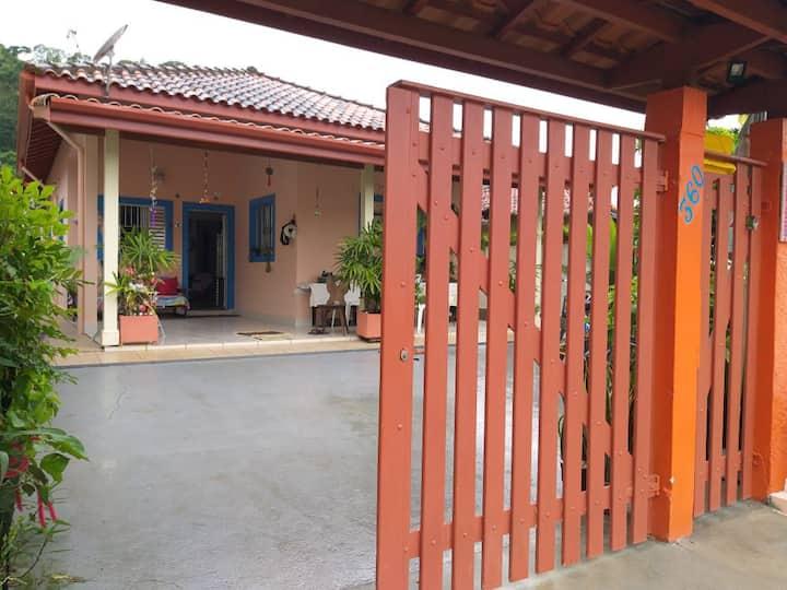 Linda casa em barequeçaba - São Sebastião/SP