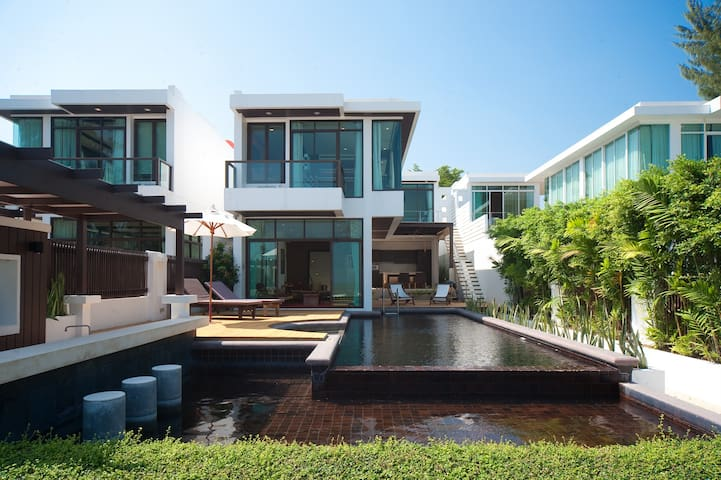 4 Bedrooms Beachfront @ Pranburi - Pran Buri - Hus