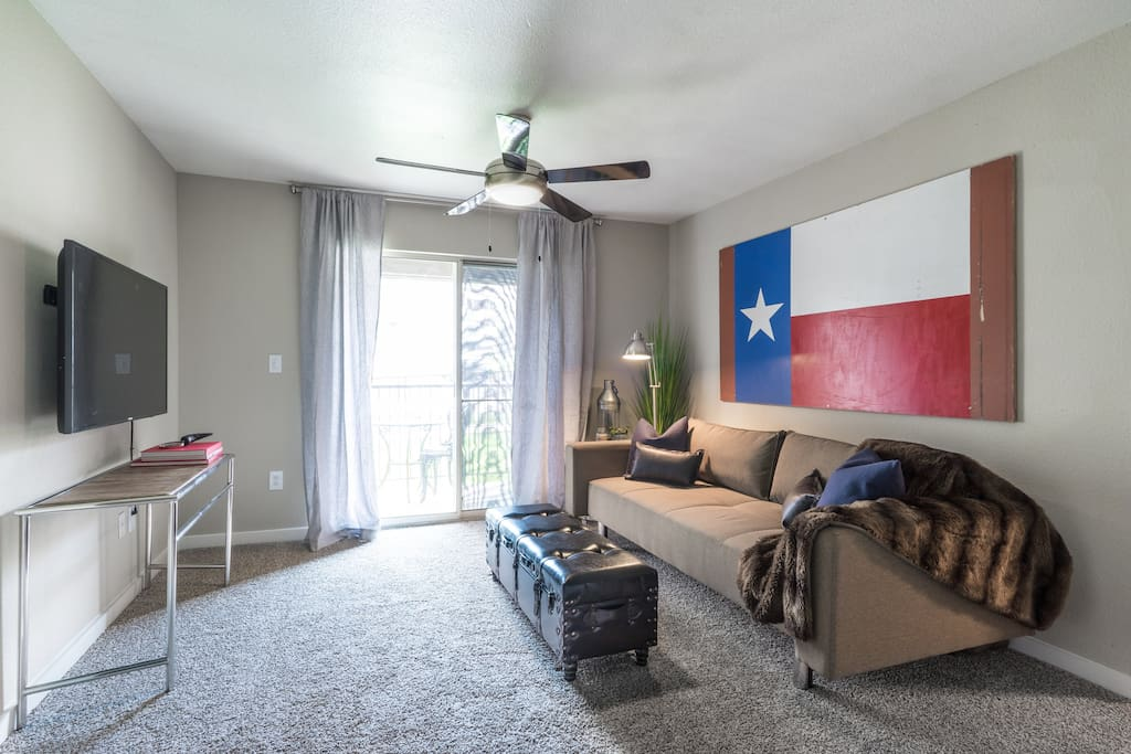 riverside texas hideout 3 bedroom suite pool gym serviced apartments for rent in austin