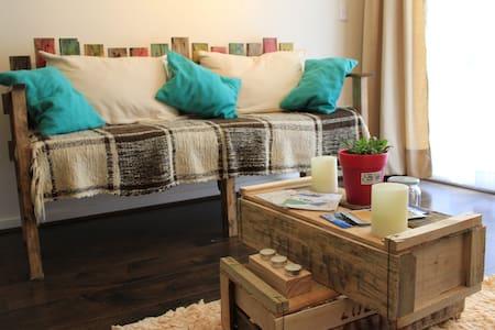 MANDALA DEL LAGO B&B - Nice Room, private bathroom - Puerto Varas - Bed & Breakfast