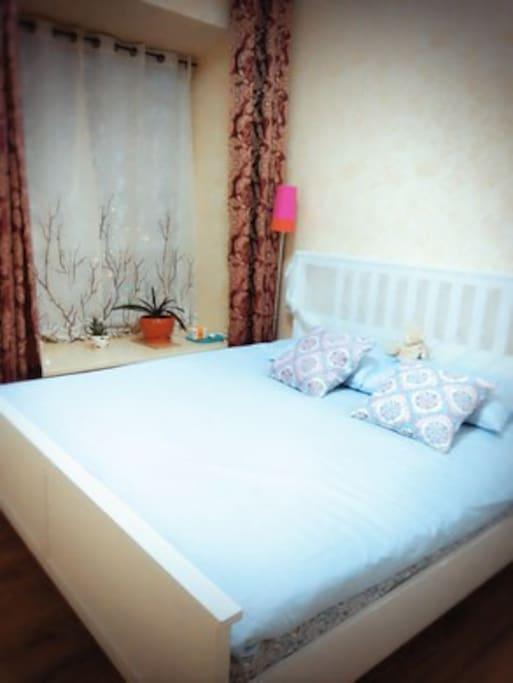 卧室1  1米8的大床安静好睡眠