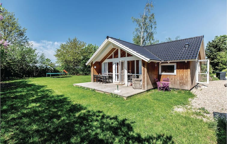 Holiday cottage with 2 bedrooms on 58m² in Slagelse